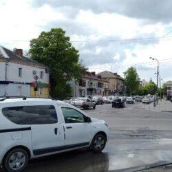 На одному з головних перехресть Рівного не працює світлофор (ФОТО)