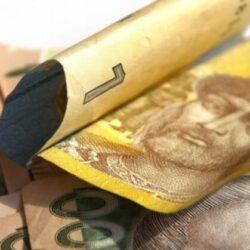 Нардепи планують виплатити всім українцям по 110 доларів