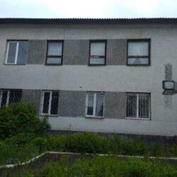 На Рівненщині двоповерхову будівлю продають майже за 500 гривень