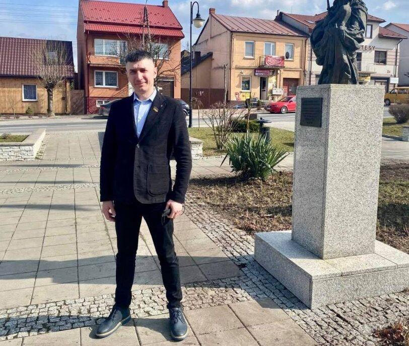 Микола Шустов